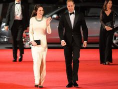 Kate Middleton & Prince William Pay Tribute To Mandela Moments After Watching A Film About His Life   Marie Claire
