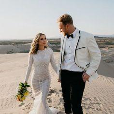 delicate-long-sleeve-modest-wedding-dress