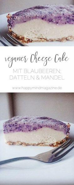 Rezept für einen vegan raw Cheesecake mit Blaubeeren, Mandeln und Datteln