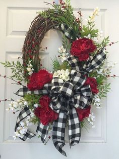 Oval Grapevine Wreath ~ Black, Cream and Red Summer Everyday Wreath by WilliamsFloral Valentine Wreath, Valentine Decorations, Valentines Diy, Christmas Decorations, Diy Christmas, Printable Valentine, Xmas, White Christmas, Wreath Crafts