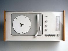 Braun SK 4 record player, designed by Dieter Rams Vintage Design, Retro Design, Graphic Design, Little Designs, Cool Designs, Dieter Rams Design, Braun Dieter Rams, Radios, Interior Wallpaper