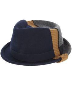 Henrik Vibskov  alastair  Hat - - Farfetch.com Cappello Piatto A Falda Tesa 4fd6da30cf38