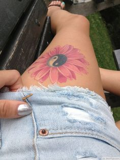 Yin Yang Flower Tattoo On Thighs Picture