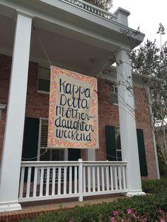 Moms Weekend banner