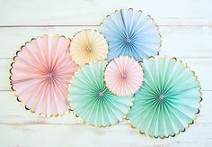 Very cute Toot Sweet Meri Meri pastel pinwheels. Pkt of 6 in a beautiful array of pastels with a gold edge. Lovely for party decorations by BethanyClaireCakes on Etsy