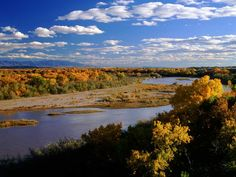 Discover Albuquerque, NM and it's gorgeous scenery by taking a walk about. Every season allows you to be in the nature and experience a different side of New Mexico's beauty.