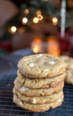 This White Chocolate Chip Cookie Recipe is an easy cookie recipe that produces soft slightly chewy cookies. #cookierecipes #holidayrecipes #whitechocolatechipcookies #whitechocolatecookies #dessertrecipes