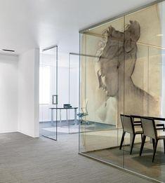 Old Masters by Kardo Findlater : ROMAN WOMAN- Tektura Wallcoverings