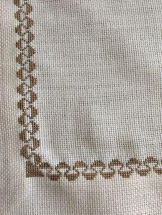 Cross Stitch Fruit, Cross Stitch Borders, Cross Stitch Designs, Cross Stitch Patterns, Embroidery Stitches, Hand Embroidery, Embroidered Bedding, Bargello, Pattern Design