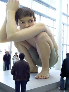 A venir, Ron Mueck à la Fondation Cartier ! Human Sculpture, Sculpture Art, Pottery Sculpture, Fondation Cartier, Bodies, Instalation Art, Contemporary Sculpture, Contemporary Artists, Art Moderne