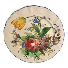 I also have listed a large serving bowl and dinnerware pieces that match this. French Antiques, Vintage Antiques, Pioneer Woman Kitchen, Modern Art Deco, Mid Century Modern Art, Vintage Plates, Beautiful Hands, Ceramic Pottery, Hand Painted