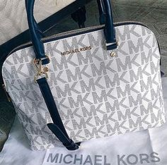 Welcome to our fashion Michael Kors outlet online store, we provide the latest styles Michael Kors handhags and fashion design Michael Kors purses for you. High quality Michael Kors handbags will make you amazed. Sac Michael Kors, Michael Kors Outlet, Handbags Michael Kors, Cheap Michael Kors, Hermes Handbags, Burberry Handbags, Stylish Handbags, Coach Handbags, Mickel Kors
