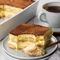 Tiramisu Dip Recipe, Classic Tiramisu Recipe, Italian Tiramisu, Italian Pastries, Italian Desserts, Italian Dishes, Italian Recipes, Dessert Cake Recipes, No Bake Desserts
