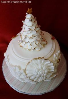 Winter White Cake by SweetCreationsbyFlor