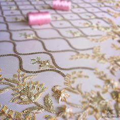 Summer pinks with pearls & gota ! Zardosi Embroidery, Embroidery Suits Punjabi, Hand Embroidery Dress, Wedding Embroidery, Kurti Embroidery Design, Couture Embroidery, Embroidery Fashion, Hand Embroidery Designs, Beaded Embroidery