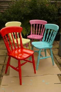 Take a Seat! Check out these tips, tricks and ideas for your next furniture flip! Colorful chairs lend a cheery . Furniture Projects, Furniture Makeover, Diy Furniture, Painted Chairs, Painted Furniture, Wooden Chairs, Kitchen Chairs, Kitchen Decor, Wooden Kitchen