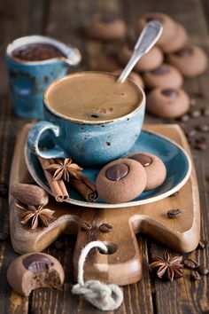 I Love Coffee, Coffee Break, Morning Coffee, Coffee Cafe, Coffee Shop, Coffee Drinks, Chocolate Cafe, Chocolate Cookies, Coffee Photography