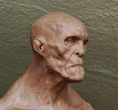 Aris Kolokontes art.: Alien bust WIP + larva WIP + Giant bust WIP.