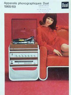 vintage white plastic stereo