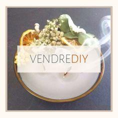 🛠 VENDREDIY 🛠 Nouveau Vendredi = Nouveau DIY Justement, aujourd'hui, c'est un vendredi un peu spécial... On accueille Séline, une passionnée de déco et de DIY qui a un univers très inspirant.#selinemaggidecore #chezviviane #diyideas #diydecor #diytutorial #diyhome #bricolage#zerodechet #bricolagemaison #diy#diylover #diyproject #diyprojet #diymeuble #lovediy #recup #faitmain #vendrediy #chezviviane #diybougie #candle #bougies #bois #bougie #diycandle#inspiration #inspirationdeco… Diy Décoration, Hui, Birthday Cake, Desserts, Inspiration, Food, Wax Melts, Decorated Candles, Decorative Accessories