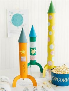 What do kids love more than rockets? DIY Toys from the Recycling Bin.  Pin it to Save it!