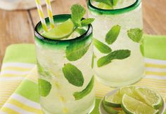 Cocktails in the Spanish sun Aldi Recipes, Cooking Recipes, Alcohol Facts, My Favorite Food, Favorite Recipes, Mojito Cocktail, Mojito Recipe, Lime Wedge, Cookies Policy