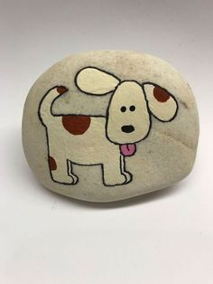 29 Amazing Diy Projects Painted Rocks Animals Dogs For Summer Ideas. If you are looking for Diy Projects Painted Rocks Animals Dogs For Summer Ideas, You come to the right place. Below are the Diy Pr. Painted Rock Animals, Painted Rocks Craft, Hand Painted Rocks, Painted Stones, Rock Painting Patterns, Rock Painting Ideas Easy, Rock Painting Designs, Rock Painting Ideas For Kids, Art Patterns