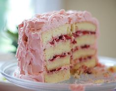 VANILLA CAKE WITH STRAWBERRY CREAM FROSTING
