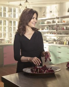 Nigella Lawson—the ultimate domestic goddess—dishes up some of her best home cooking advice. New Recipes, Favorite Recipes, Dinner Recipes, Nigella Lawson, New Cookbooks, Domestic Goddess, Pastry Chef, Williams Sonoma, Brownie Recipes