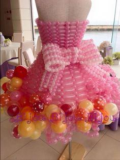 Balloon Dress, Love Balloon, Red Balloon, Balloon Bouquet, Balloon Arrangements, Balloon Centerpieces, Balloon Decorations, Twisting Balloons, Bridal Lingerie Shower