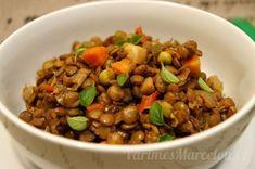 Recept na výborný pikantní čočkový salát s Moravankou Kung Pao Chicken, Deli, Dog Food Recipes, Salads, Good Food, Food And Drink, Low Carb, Soup, Pasta