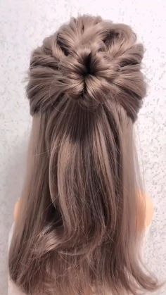 Bun Hairstyles For Long Hair, Fast Hairstyles, Weave Hairstyles, Hairstyles Videos, Office Hairstyles, Anime Hairstyles, Stylish Hairstyles, Flower Hairstyles, Open Hairstyles