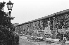 Am Bethaniendamm - Berlin Kreuzberg 1987 West Berlin, Berlin Wall, Berlin Ick Liebe Dir, History, Memories, City, Lighting, Historia