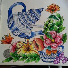 Bom Dia !!! Que tal um chazinho ? ainda sem o fundo...alguma sugestão ??? #sagoliktcoloralong #sagoliktcoloringbook #emilielidehällöberg #emelielidehalloberg #bayan_boyan #arte_e_colorir #lapisescolares #poscapens #stabilo68