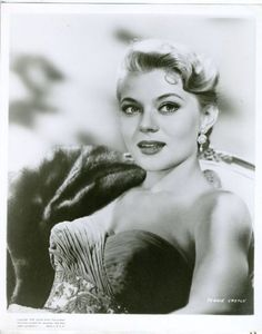 Peggie Castle Akira, Vintage Hollywood, Hollywood Glamour, Classic Hollywood, Female Stars, Famous Women, Vintage Beauty, Actors & Actresses, Tv Shows