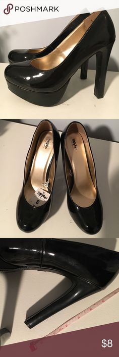 Mossimo Black Patent Platform Heels NWT Sz 8 Brand New Platform Heels. Never worn. ALL OFFERS considered!!! I very much need to de-clutter! :) Also, Bundle 3+ items and save 20%!!! Mossimo Supply Co Shoes Platforms