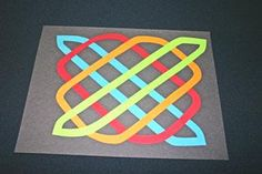 Easy paper crafts celtic design 12 circles place fourth shape Celtic Crafts, Medieval Crafts, Celtic Art, Easy Arts And Crafts, Easy Paper Crafts, Easy Crafts For Kids, March Crafts, St Patrick's Day Crafts, School Art Projects