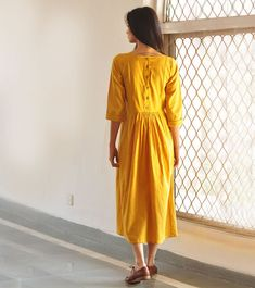 Outstanding boho dresses are available on our website. Take a look and you wont be sorry you did. Simple Kurti Designs, Kurta Designs Women, Blouse Designs, Dress Designs, Hippie Style, Gypsy Style, Boho Dress, Dress Skirt, Mode Hijab