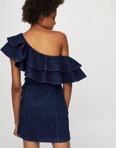 d7ec8b5c6d726 Robe jean ajustée volants - Robes - Vêtements - Femme - PULL BEAR France  Pull   Bear