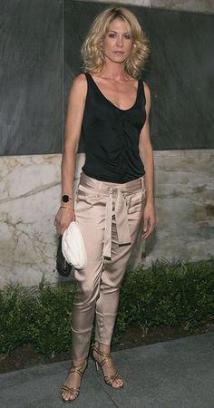 Jenna Elfman Photos: CBS Stars Party - Arrivals