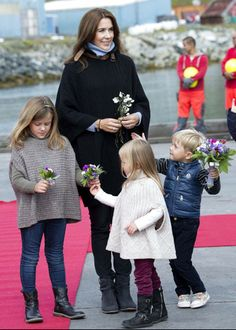 Prince Frederik and Princess Mary began an official visit to Greenland in eight days with their four children.   Yesterday they visited the village of Narsaq.