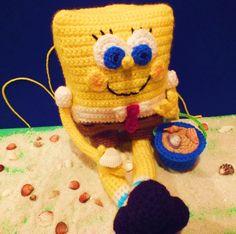 SpongeBob - Free Amigurumi Pattern here: http://spotconnie.blogspot.com.es/2014/01/free-spongebob-pattern.html