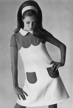 Fiona Campbell-Walter in Courrèges, 1968. Photo by David Bailey. (♥)