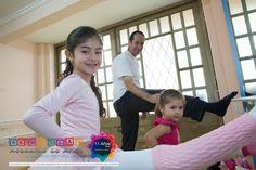 Prepararé para nuestra 1ra Escuela de Padres. conoce todos los detalles y ven a divertirte con quien te roba siempre una sonrisa. http://bit.ly/1ra-Escuela-de-Padres