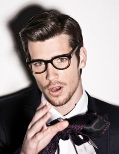 Hairstyle trends for men 2014 2015 side parted gentlement classy look  (3)