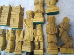 CHESS PIECES WOOD MISC. VINTAGE CHESS PIECES