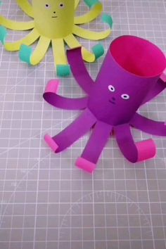 Creative paper crafts for kids! Creative paper crafts for kids! Mothers Day Crafts For Kids, Paper Crafts For Kids, Crafts For Kids To Make, Fun Crafts, Art For Kids, Toddler Crafts, Preschool Crafts, Sunflower Crafts, Toilet Paper Roll Crafts