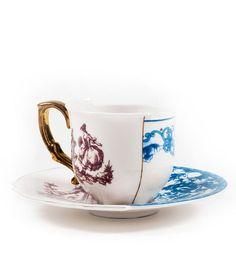 CTRLZAK disegna questa Tazza Caffè Eufemia della collezione Hybrid. Il mix estetico tra oriente e occidente passato e presente rende questa collezione unica nel suo genere, ottima per dare un tocco artistico alla vostra tavola.