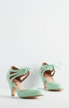 Shimmy My Way Heel in Mint