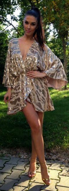 Golden zebra print dress... If only it were a littleeee longer